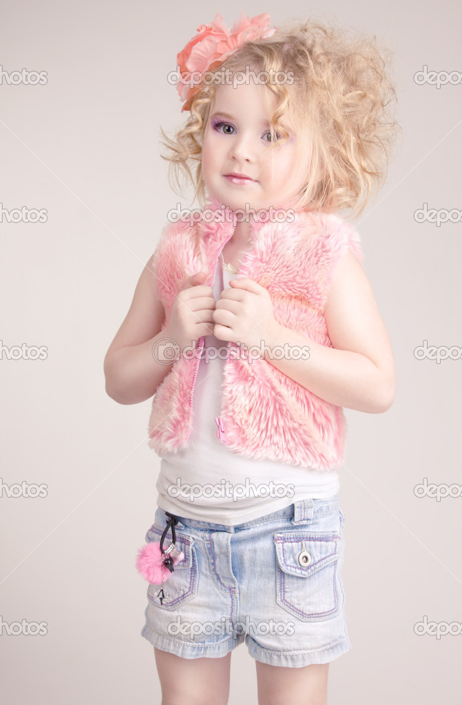 Little Girl In Fashion Clothes Stock Photo April 89 5233220