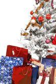 Noel ağacı ve hediye — Stok fotoğraf