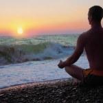 在冥想中的男人 — 图库照片