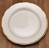 Single white plate — Stock Photo