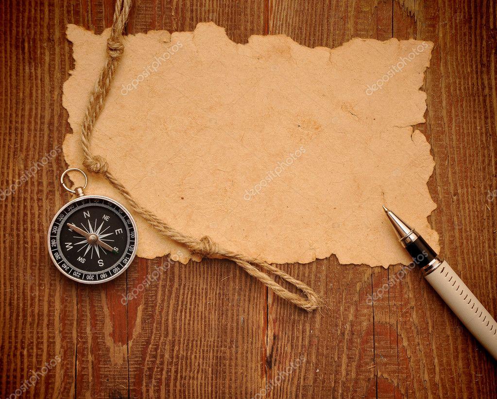 старая бумага, компас, перо и веревки на гранж-фон - Стоковое фото inxti74 #4574291