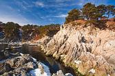 Bouřlivé podzimní řeka — Stock fotografie