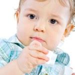 Эмоции Happy Cute Baby Boy над белой — Стоковое фото