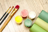 Tools of the artist. Brushes and paints — Stock Photo