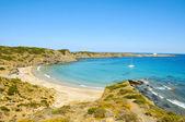 Widok z plaży cala presili w wakacje, majorka, hiszpania — Zdjęcie stockowe