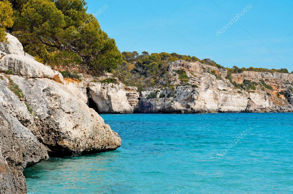 Vista desde la playa de macarelleta en menorca islas - Transporte islas baleares ...