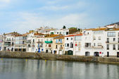 A view of seafront of Cadaques, Costa Brava, Spain — ストック写真