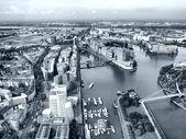 Düsseldorf uprostřed — Stock fotografie
