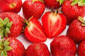 Plano macro de fresas sobre fondo blanco — Foto de Stock