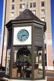 Uhr in der innenstadt von pensacola — Stockfoto