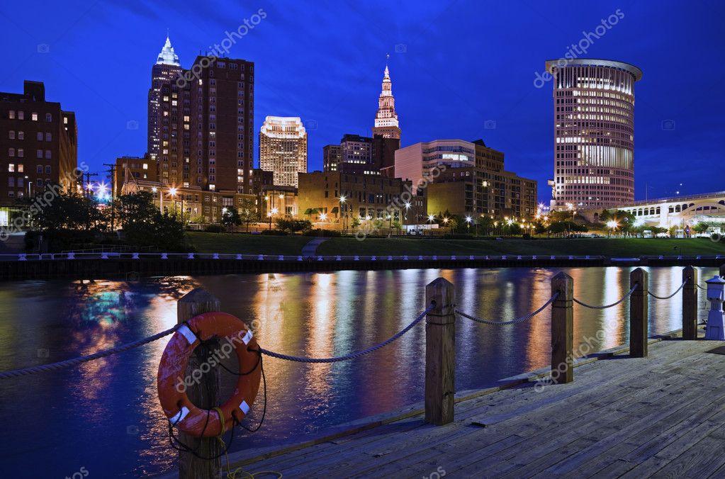 cleveland skyline vector. Skyline of Cleveland