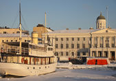Ship in downtown Helsinki — Stock Photo