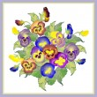 Greeting card with a bouquet pansies. — Stock Vector