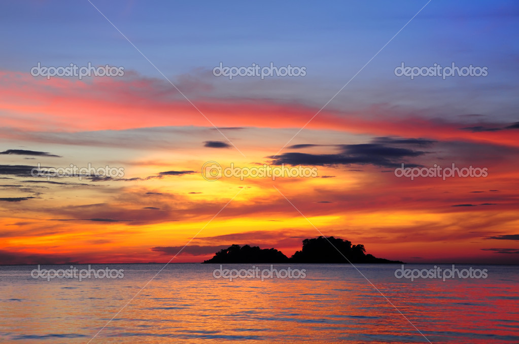 Tropical island at sunset — Stock Photo #5218677