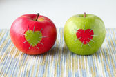 Green and red apple — Stock Photo