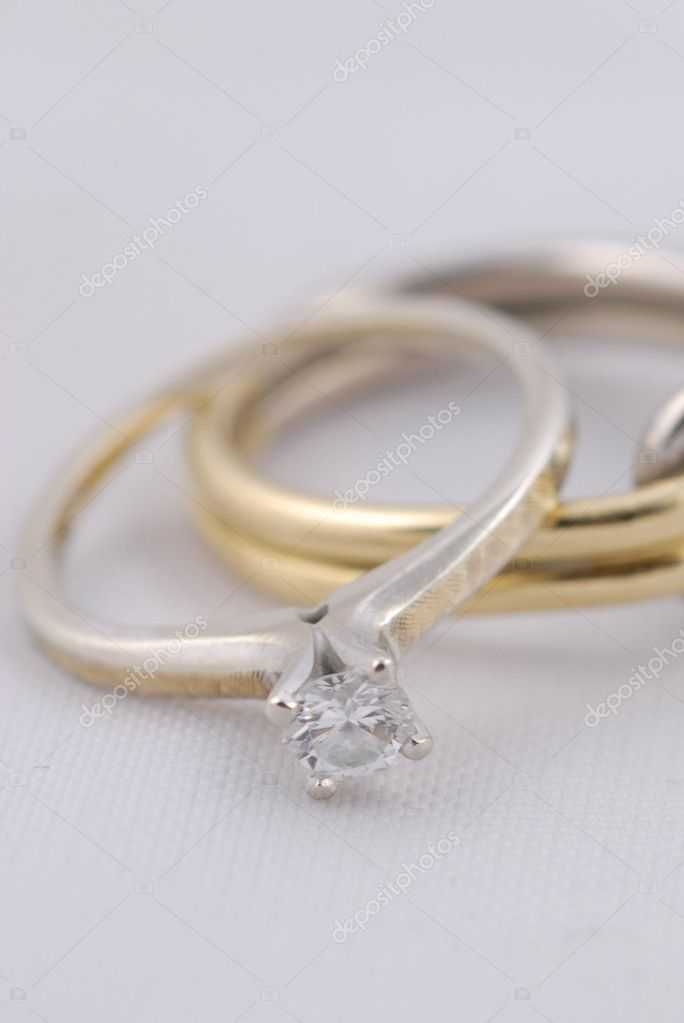 Engagement ring — Stock Photo #5199154
