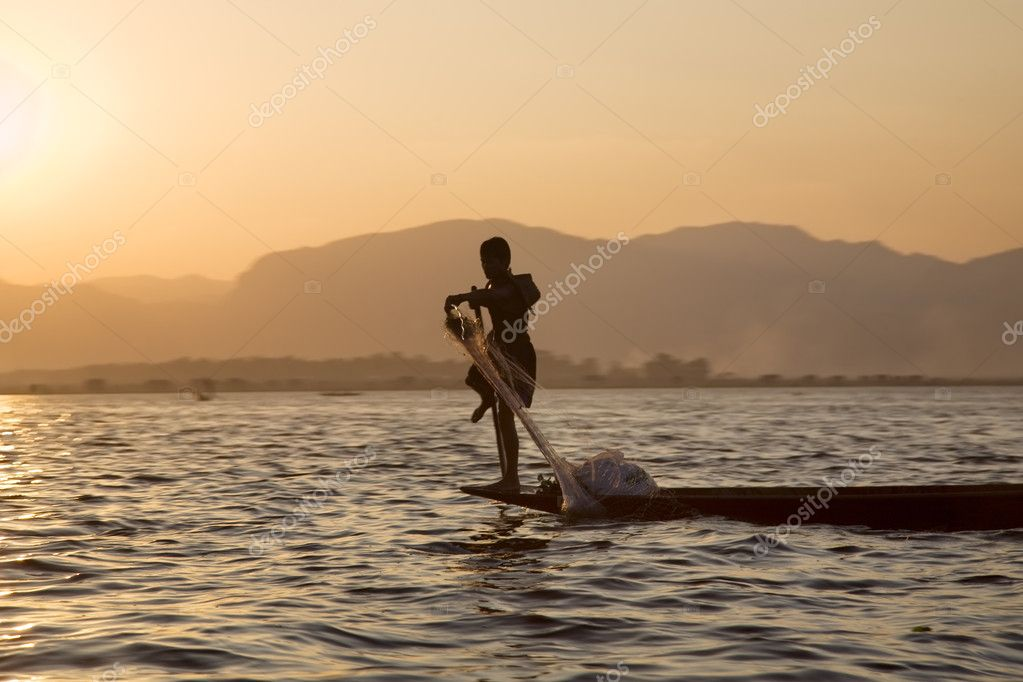 One Leg Boat Rower Inle Lake, Shan State, Myanmar (Burma) — Stock Photo #5367434
