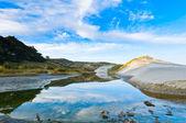 Dunas do lado da praia durante a manhã — Foto Stock