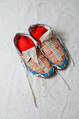 American indian historical museum culture object moccasins — Stock Photo