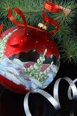 árbol de navidad con adornos navideños — Foto de Stock