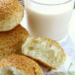Fresh rolls with sesame seeds - 