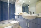 Baño azul — Foto de Stock