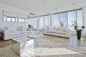 Penthouse vardagsrum — Stockfoto