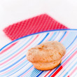 Cake on plate with stripes — Stockfoto #5340225