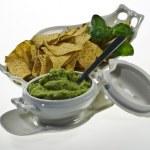 Guacamole and nachos — Stock Photo #5183909