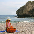 Steinstrand in Taormina - Stone beach in Taormina — Stock Photo