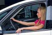Pretty woman - driver — Stock Photo