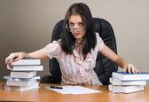 леди босс в офисе — Стоковое фото