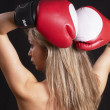 Pretty boxing girl — Stockfoto