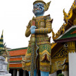 Traditional thai style giant statue — Stock Photo #4051658