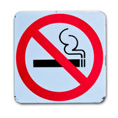No smoking warning sign on white background — Stock Photo