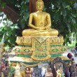 Thai Buddhist shrine — Stock Photo