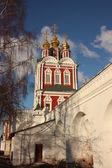 Mosca. convento di novodevichy. porta settentrionale. — Foto Stock