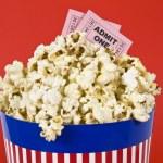 Постер, плакат: Popcorn and movies