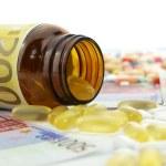 Medicine cost — Stock Photo #4044970
