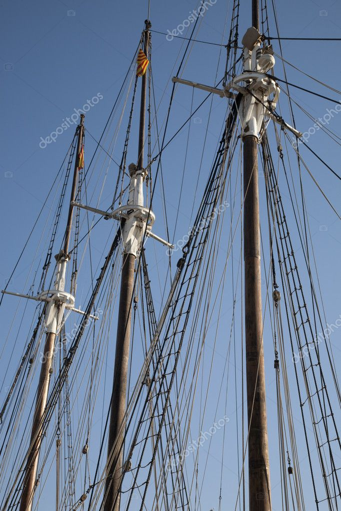 Rigging on ship without sails against blue sky background — Stock Photo #4917218