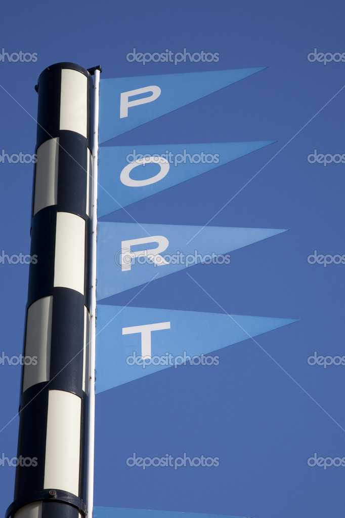 Port Sign against Blue Sky Background — Stock Photo #4917313