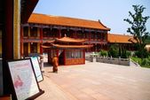 The Chinese temple. Dalian — Stock Photo