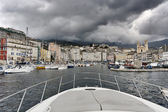 法国、 科西嘉,巴斯蒂亚,查看端口和镇 — 图库照片