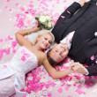 Studio shot of wedding couple — Stock Photo #4139328