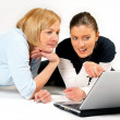 Mother and Daughter Using Laptop — 图库照片