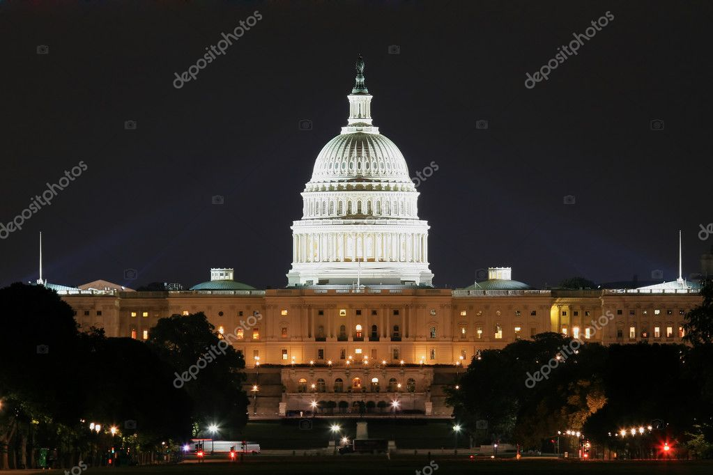 Famous capitol in Washington in night shot — Stock Photo #4522354