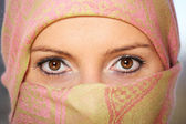 Arabic woman with scarf — Stock Photo