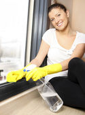 Cleaning windows — Stock Photo