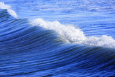 Blue Coastal Waves — Stockfoto