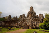 Gigantic Face Statues At Angkor Wat Ruins — Stock Photo